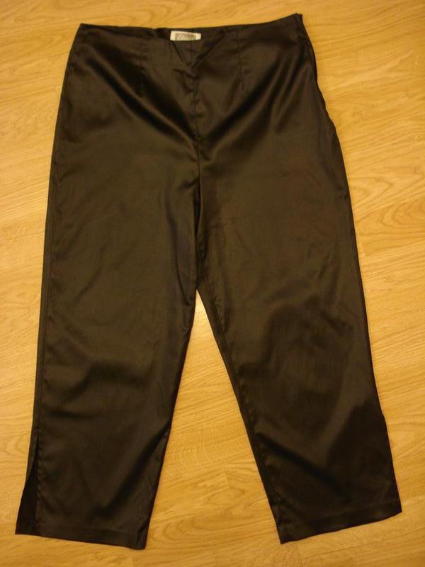Летние укороченные стрейчевые брюки капри