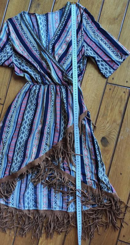 Платье в орнамент в стиле бохо с бахромой - Фото 8