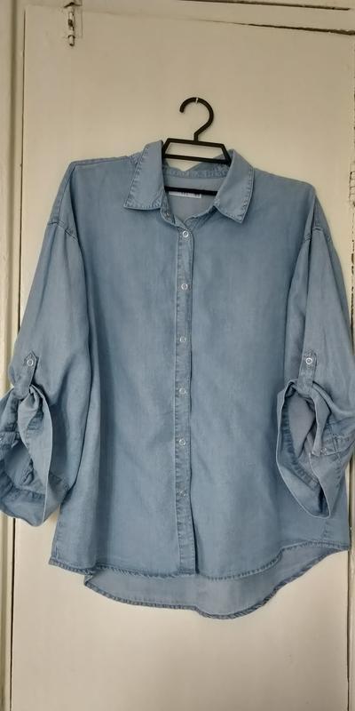 !продам новую женскую джинсовую рубашку