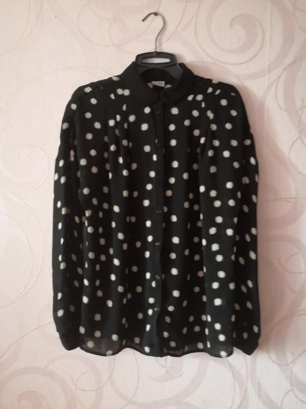 Черная прозрачная рубашка в горошек