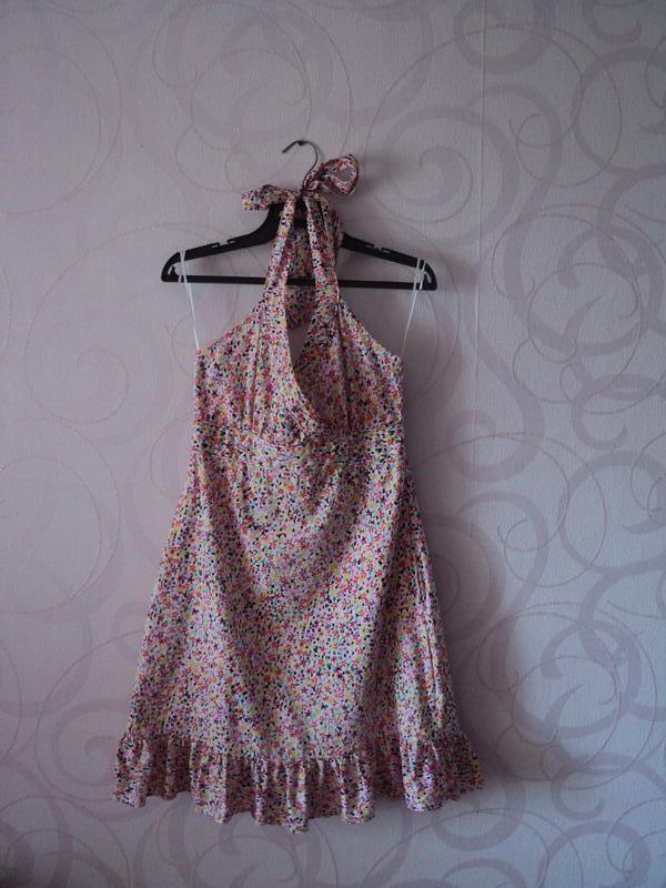 Платье с цветами с оборкой, платье с открытой спиной, летнее п...