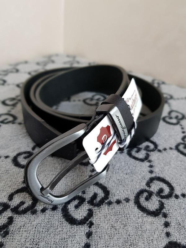 Ремень кожаный ferragamo черный из натуральной кожи