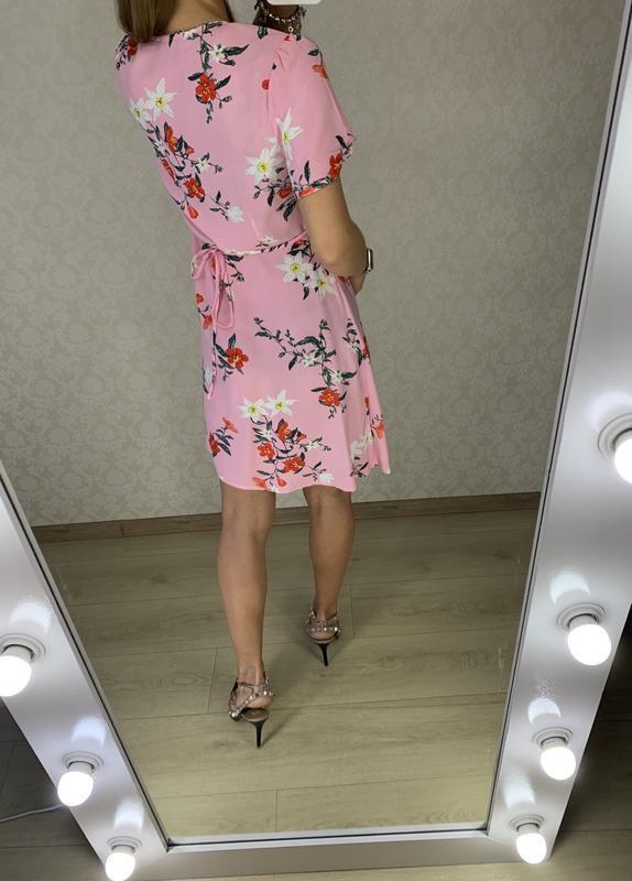 Платье на запах в цветах primark - Фото 3