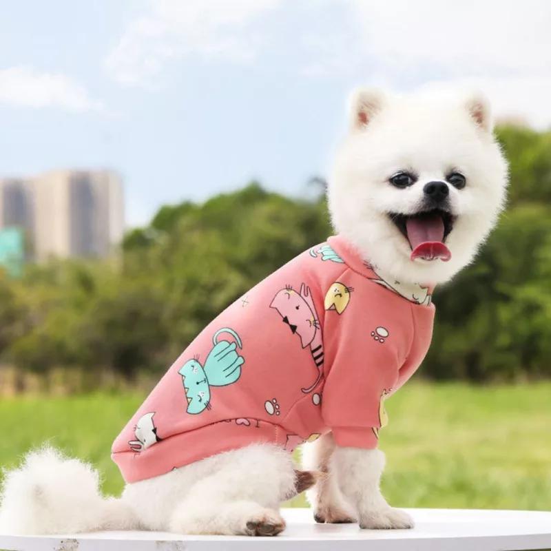Розовая кофточка в котиках на флисе для собак котов,s р. новая.