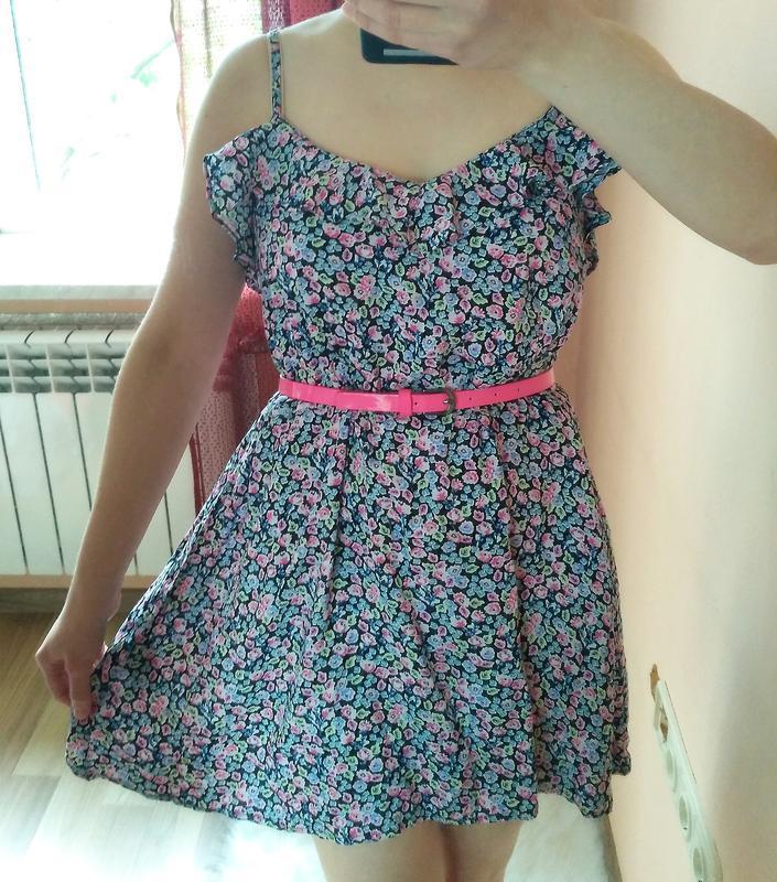 Милое легкое летнее платье/туника в цветочки divided. размер m