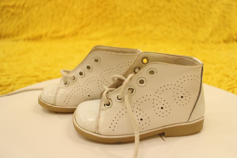 Кожаные белые ботиночки - Фото 2