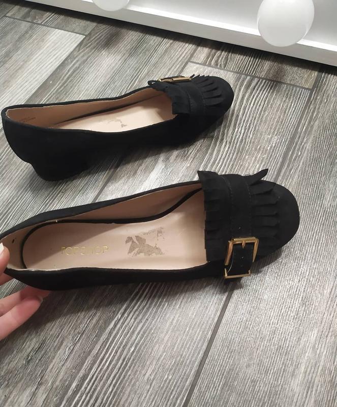 Стильные туфли лоферы с бахромой - Фото 3