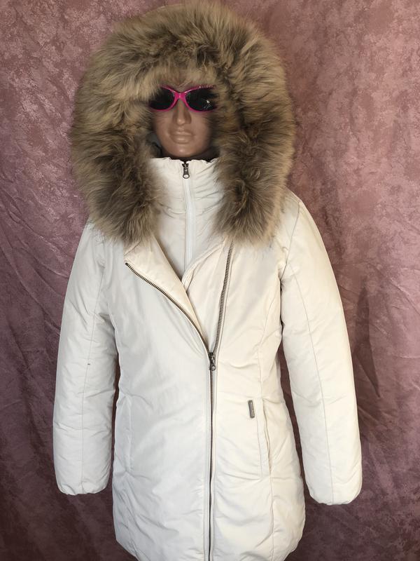 Теплый длинный зимний пуховик пальто парка woolrich  мех енота