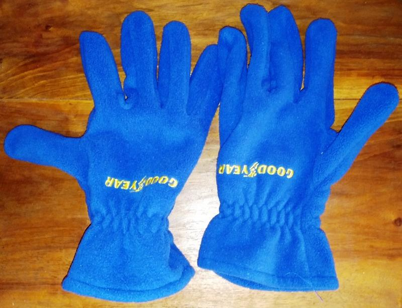 Флисовые перчатки good year