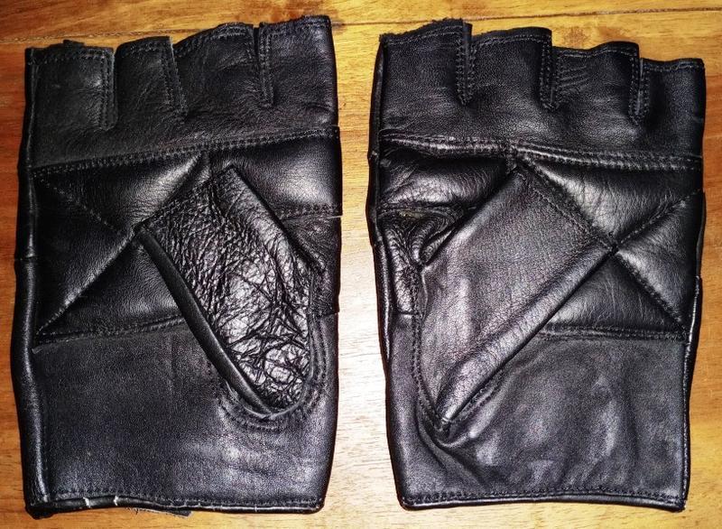 Кожаные перчатки без пальцев - Фото 2