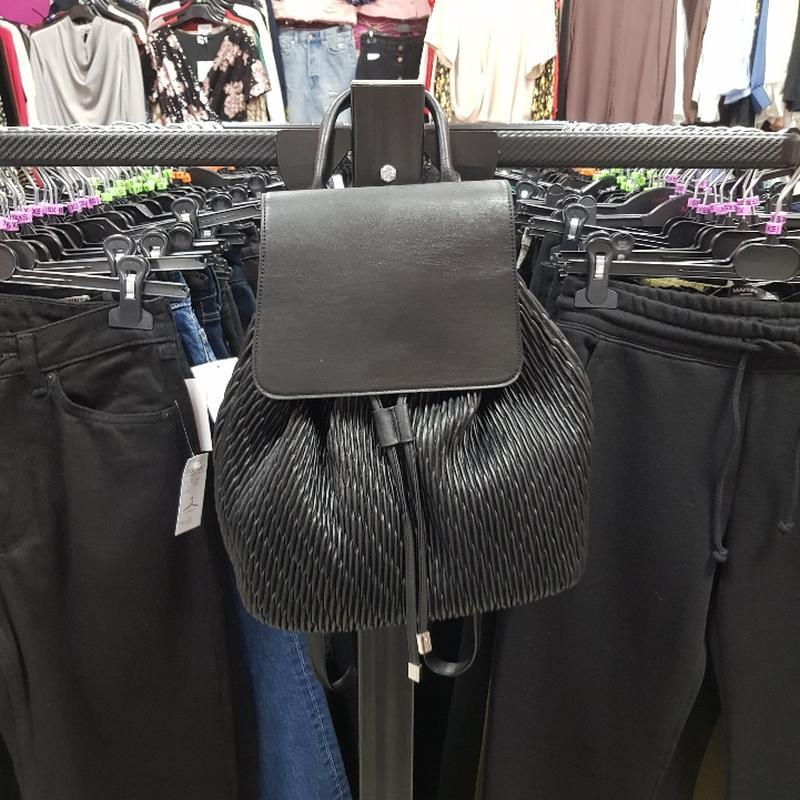 Черный рюкзак из эко кожи - Фото 5