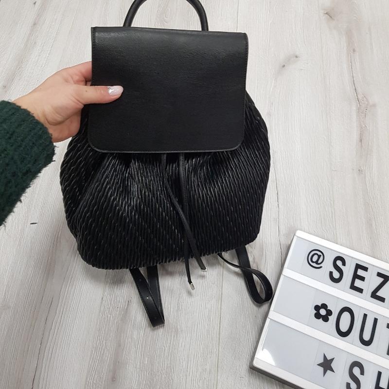 Черный рюкзак из эко кожи - Фото 8