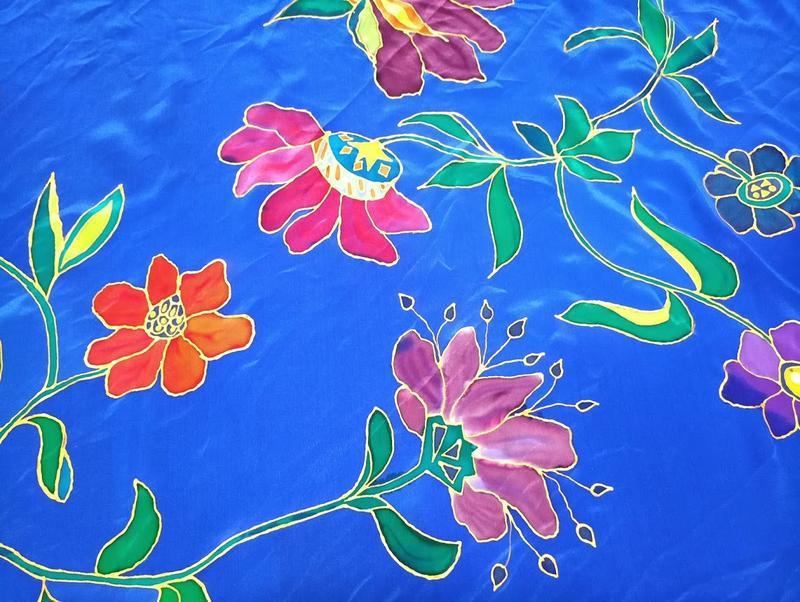 Платок ручной росписи из китайского шелка happiness