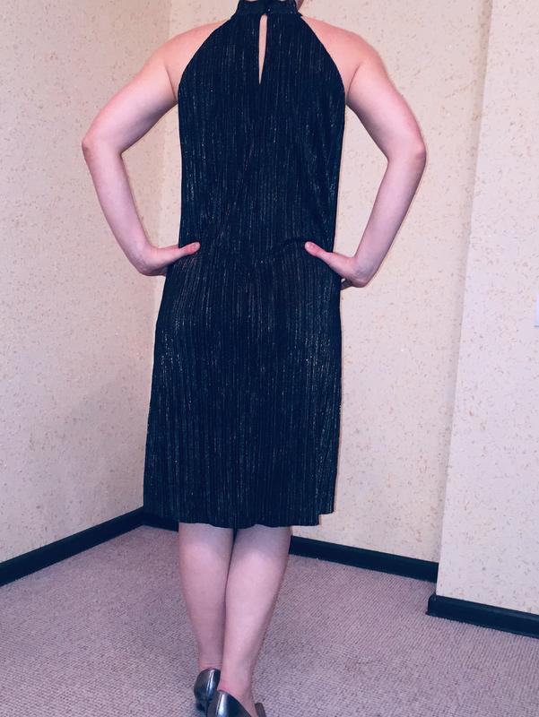 Маленьке чорне плаття - Фото 2