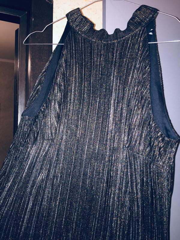 Маленьке чорне плаття - Фото 3