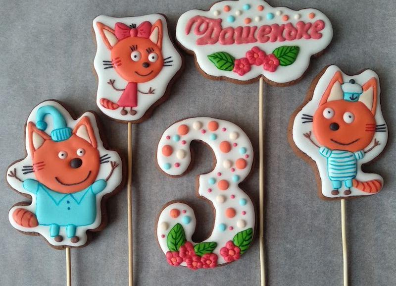 """Пряники-топперы на торт """"Три кота"""" - Фото 2"""