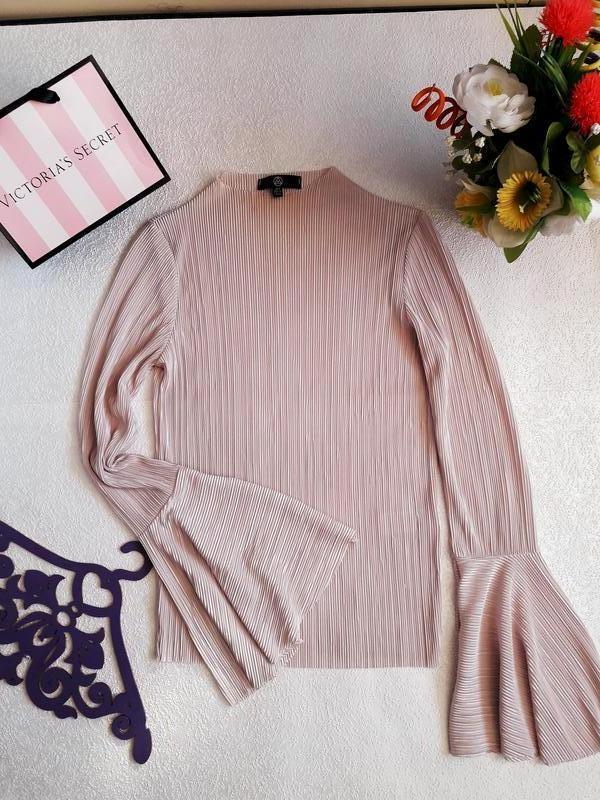 Плиссированная блуза. блуза расклешенный рукав - Фото 4