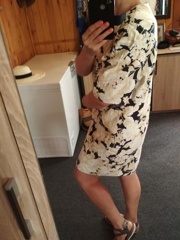 Актуальное катоновое платье в цветочный принт,h&m, p. 16 - Фото 6