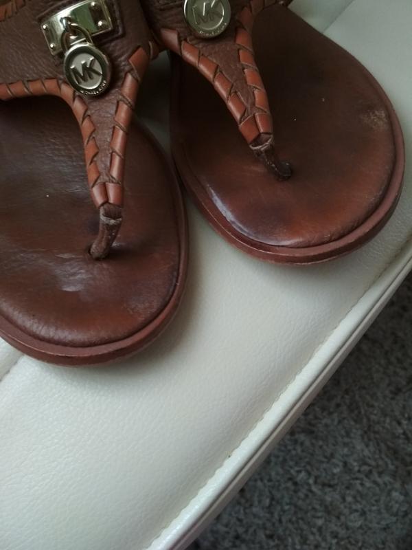 Актуальные комфортные кожаные шлепанцы, michael kors, p. 37 - Фото 2