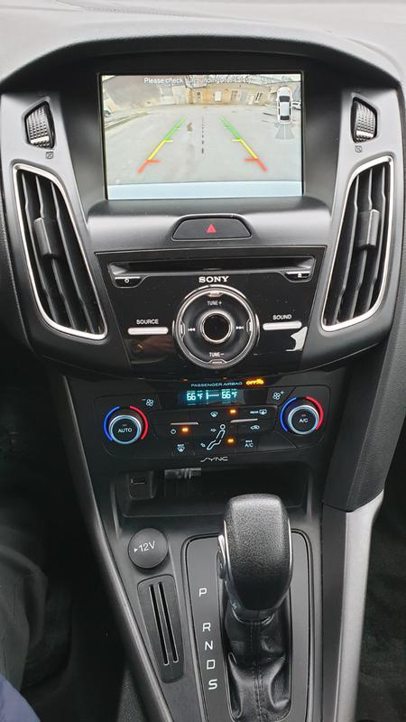 Ford Focus 2.0 - Фото 9