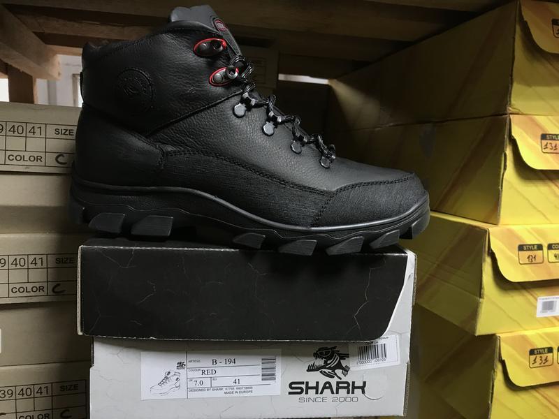 Мужские кроссовки кожаные зимние черные shark b 194