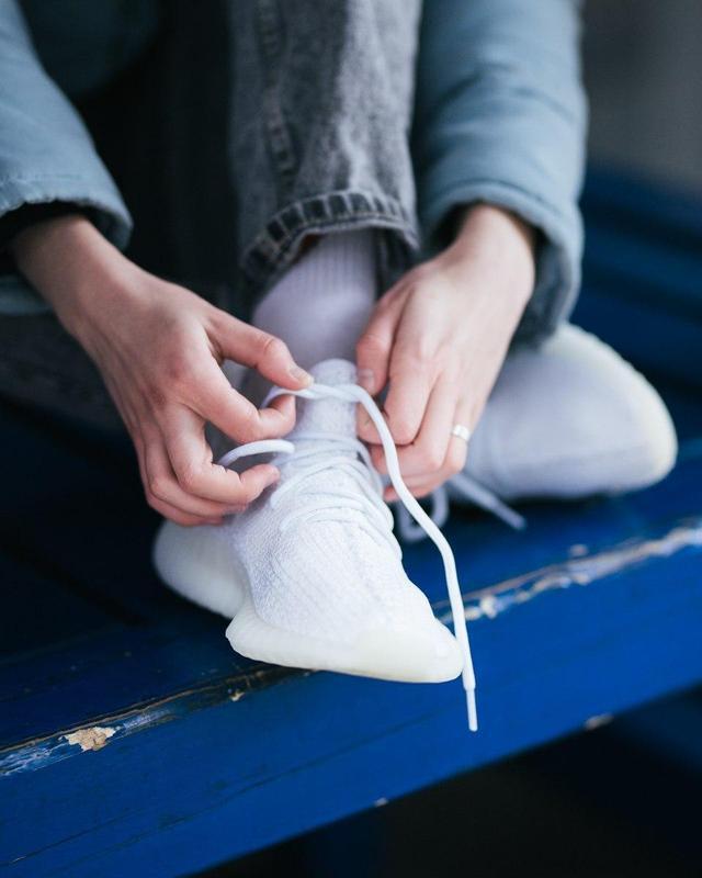 Шикарные женские кроссовки adidas yeezy boost white 😍 (весна/ ... - Фото 2