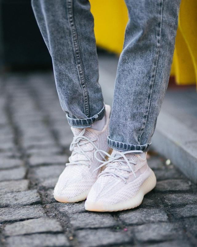 Шикарные женские кроссовки adidas x yeezy boost 350 v2 😍 (весн... - Фото 2
