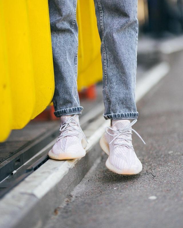 Шикарные женские кроссовки adidas x yeezy boost 350 v2 😍 (весн... - Фото 5