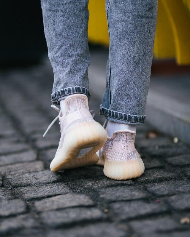 Шикарные женские кроссовки adidas x yeezy boost 350 v2 😍 (весн... - Фото 6