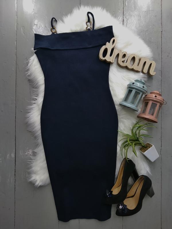Актуальное платье миди в рубчик, со спущенными плечами #2max - Фото 2