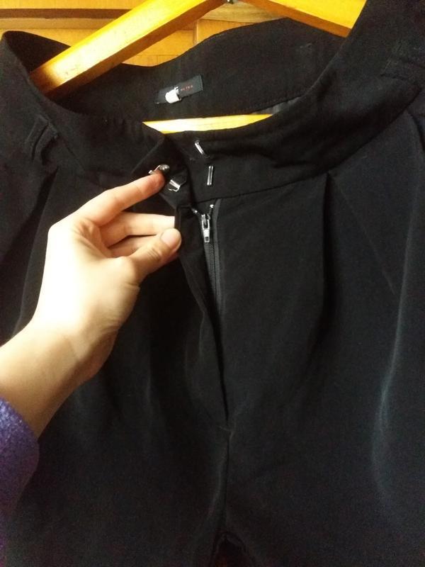 Чорные шорты на осень с карманами с высокой посадкой oodji 38 ... - Фото 3