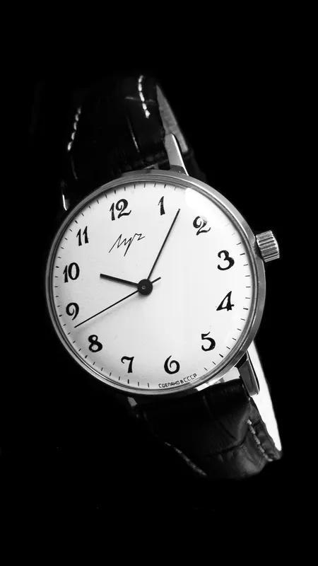 НУЛЯЧИЙ! «ЛУЧ-2209» с ПОЗОЛОЧЕННЫМ мехом, часы СССР 80-х. - Фото 3