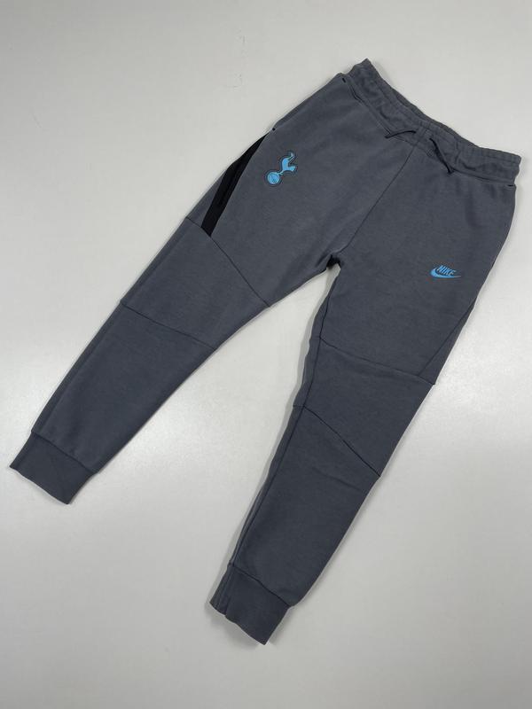 Спортивные штаны nike tech fleece zne с карманами брюки тоттен...