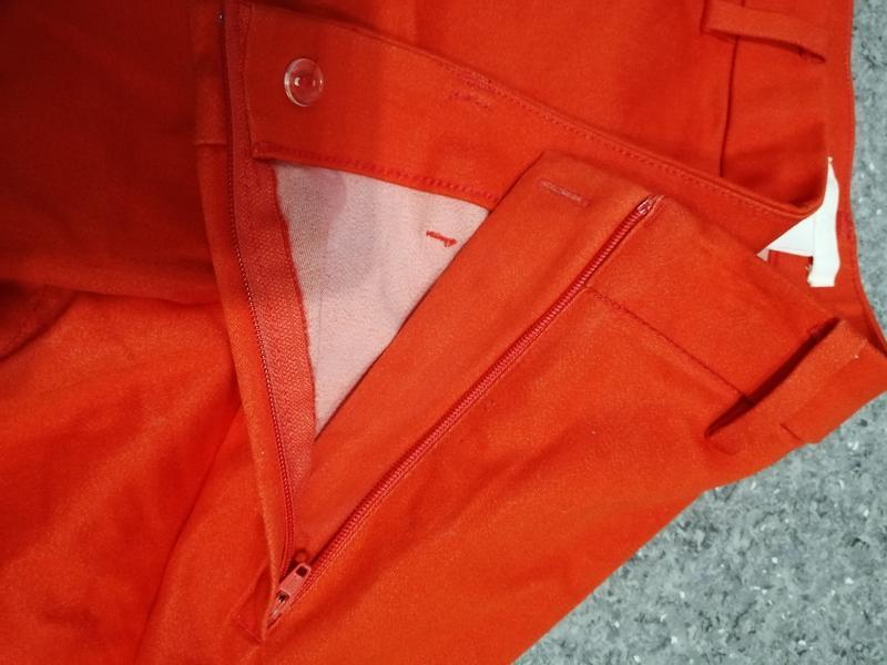 Яркие брюки - Фото 4