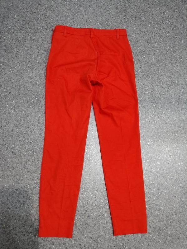 Яркие брюки - Фото 5
