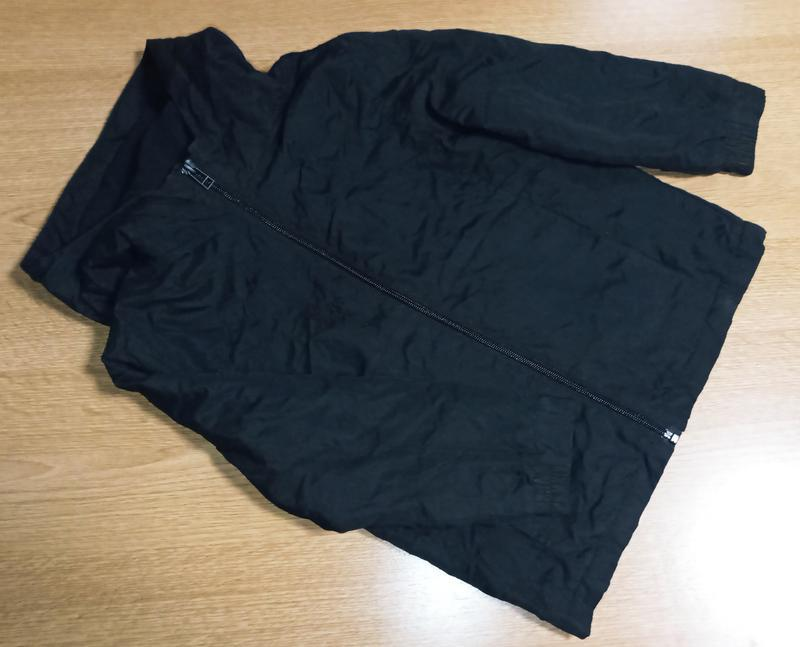 Фирменная курточка,ветровка для мальчика