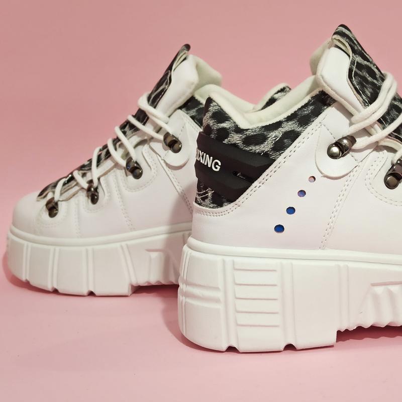 Ботинки полусапожки нью рок new rock белые высокие женские на ... - Фото 7