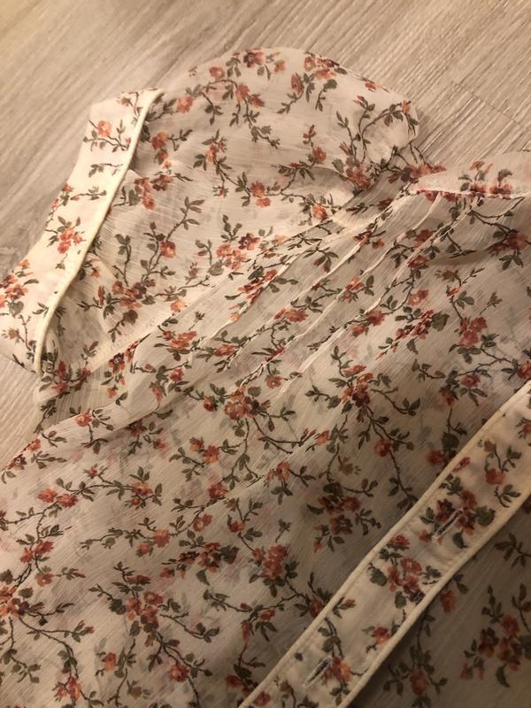 Нежное платье в цветочный принт - Фото 3