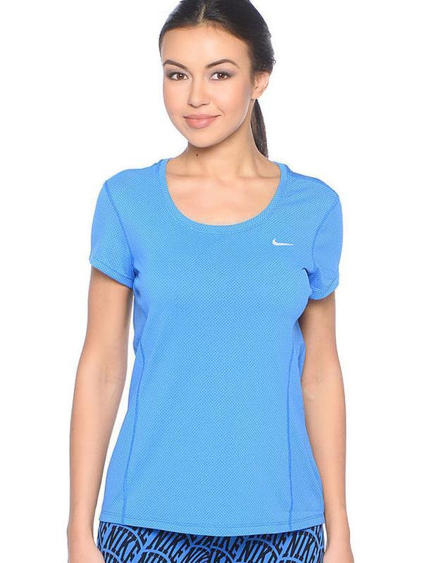 Фирменная суперовая спортивная футболка nike dri-fit оригинал.