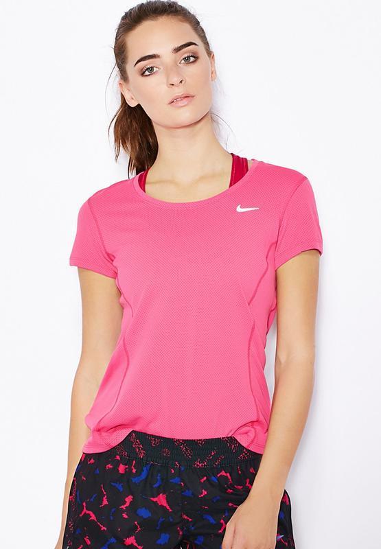 Фирменная яркая спортивная футболка nike dri-fit оригинал.