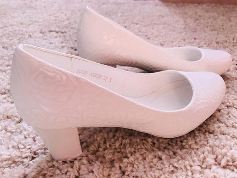 Женские кожаные туфельки,37 размер