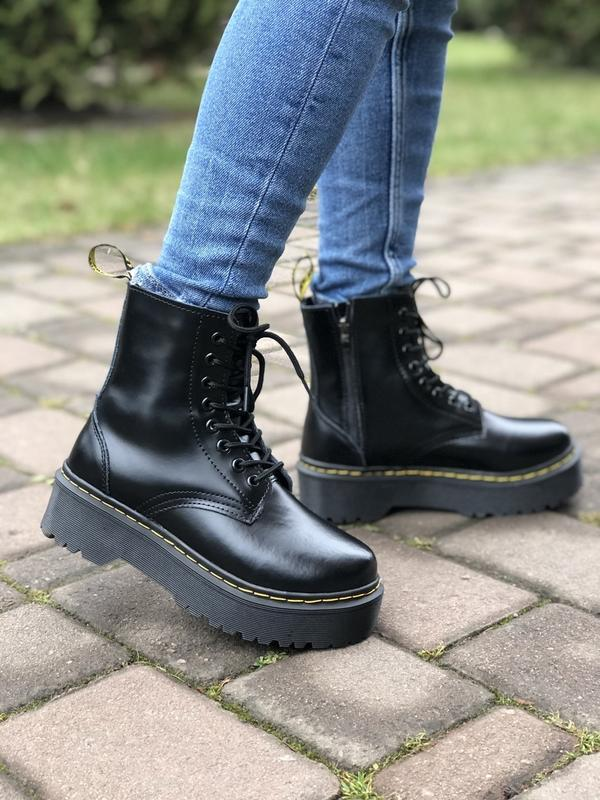 Шикарные ботинки dr. martens jadone black с мехом - Фото 3