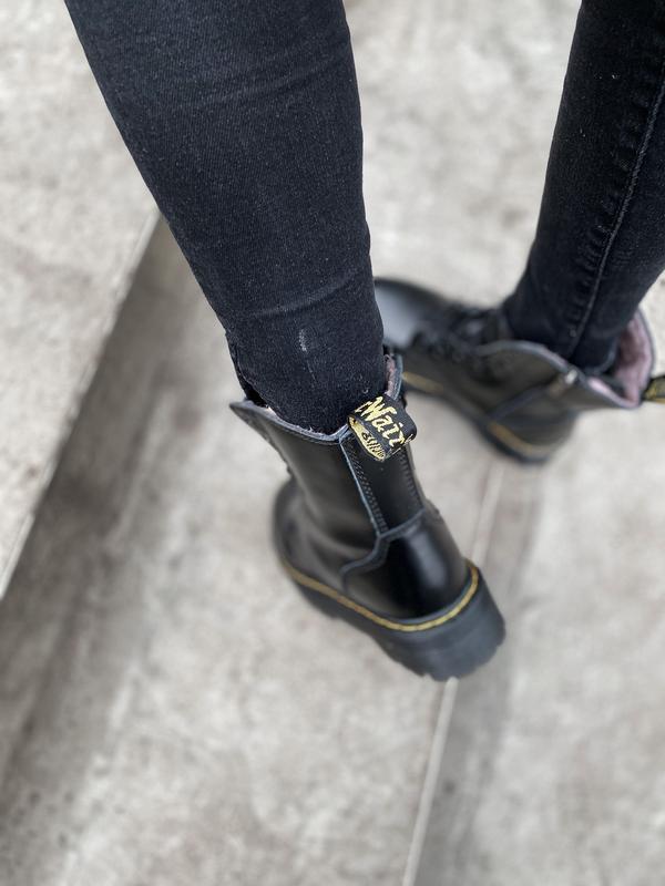 Шикарные ботинки dr. martens jadone black с мехом - Фото 8