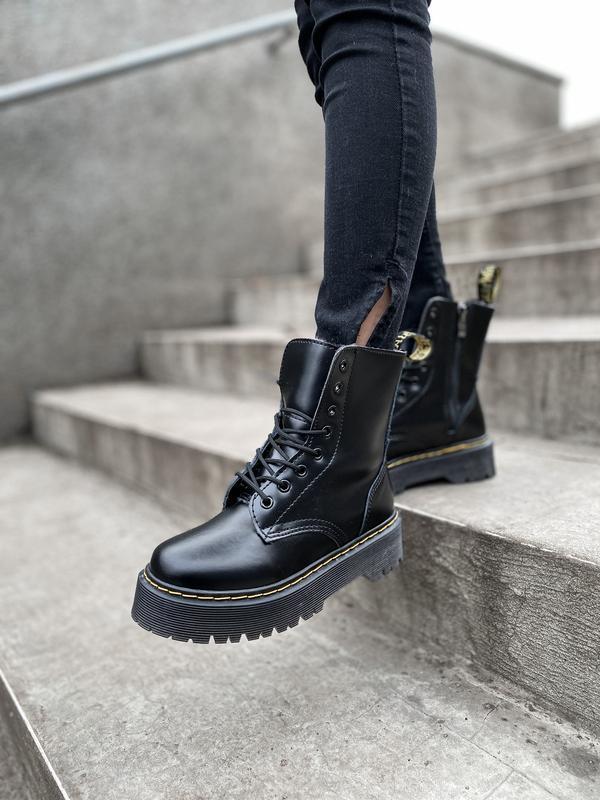 Шикарные ботинки dr. martens jadone black с мехом - Фото 10