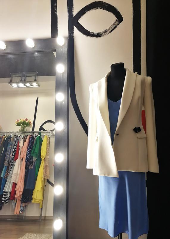 Скидка! эксклюзивный базовый белый жакет пиджак с плечиками пр... - Фото 6