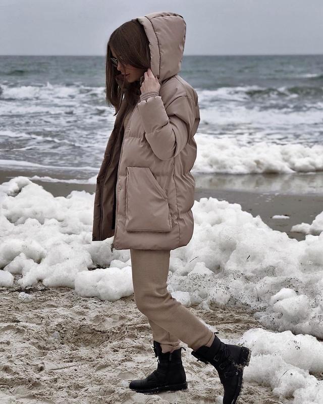 Трендовый короткий пуховик куртка объемный с капюшоном поясом ... - Фото 5