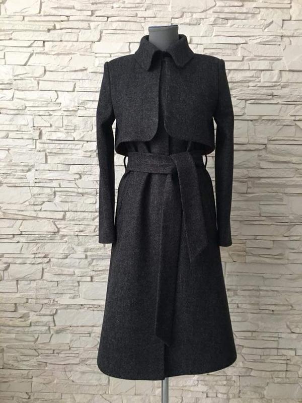 Стильное базовое классическое пальто с воротником длинное серо... - Фото 3