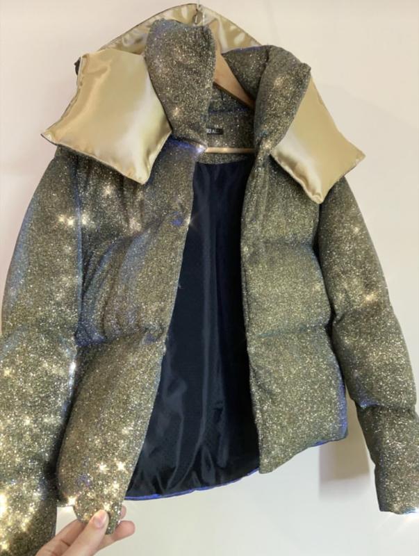 Блестящий короткий пуховик оверсайз куртка дутый объемный с ка... - Фото 2