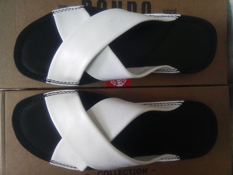Распродажа!мужские кожаные белые шлёпанцы rondo 41,42,43,44р.