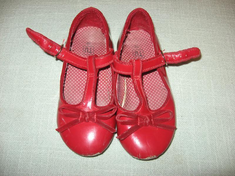 Лаковые балетки красные tu стелька 17 см